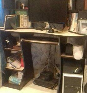 Компьютер+компьютерный стол