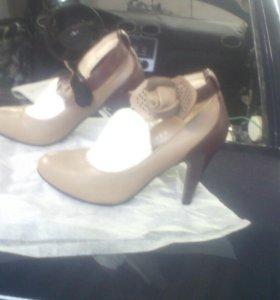 Новый туфли