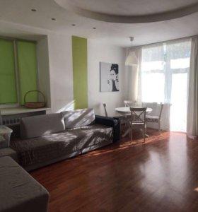 Квартира, 3 комнаты, 72.4 м²