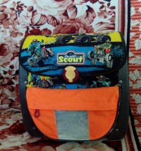 Продам или обменяю  школьный ортопедический ранец