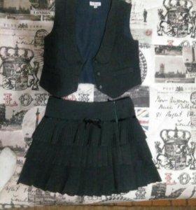 Школьный костюм для девочки 134 см