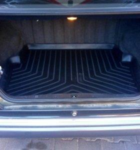 Коврик багажника на мерседес w124