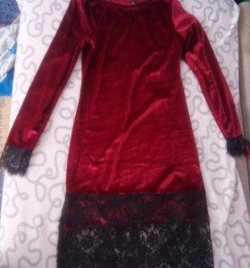 Платье бархат,р44-46