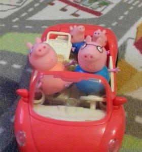 Игрушка свинки на машине