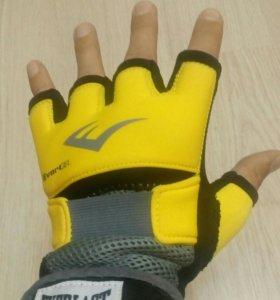 Перчатки Everlast evergel