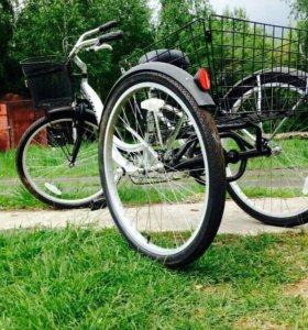 Продаю новый трех колёсный велосипед Stels