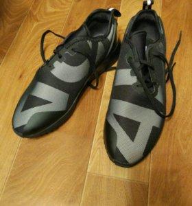 Кроссовки Adidas оригинал,новые