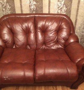 Продаю 2 дивана и кресла