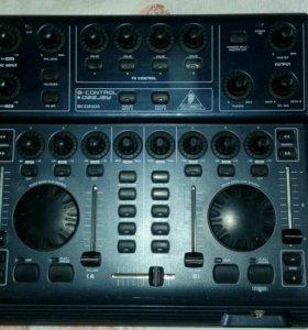 DJ контроллер behringer BCD 2000 B-control deejay