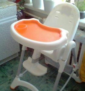 Стульчик для кормления ребенка