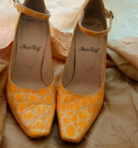 Туфли из кожи