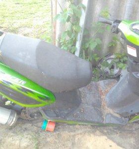 Мотор на скутер райсер