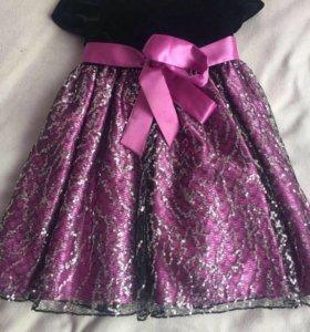 Продам нарядное платье для девочки .