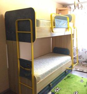 Продам двухъярусную кровать серии Джинс