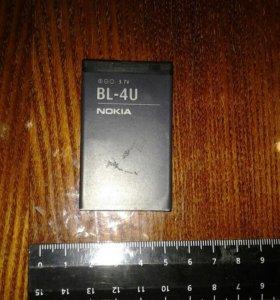 Батареи для телефонов и планшетов в ассортименте.