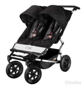 Прогулочная коляска для двойни Mountain BuggyDuet