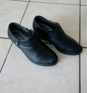 Ботинки ж/ новые 36р