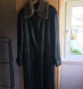 Натуральное кожаное пальто с норкой
