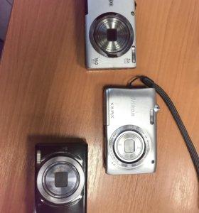 Фотоаппараты Nikon и 2 canon