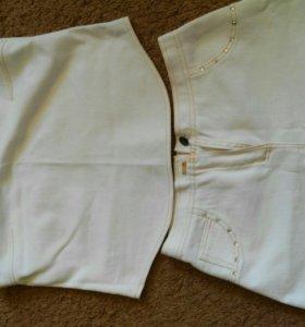 Костюм джинсовый со стразами 42-44