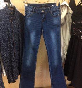 Распродажа! Новые джинсы-клёш !Размеры 25-29