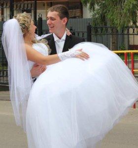 Свадебное платье+фата и т. Д.