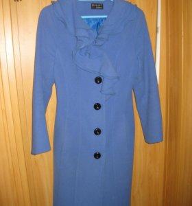 Демизезонное пальто