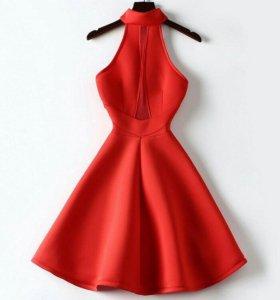 Коралловое неопреновое платье