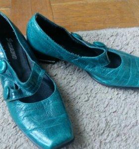Туфли кожаные 38 р.