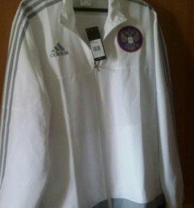 Спортивная куртка Adidas фирменная.