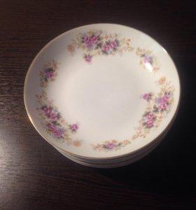 Десертные фарфоровые тарелки