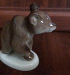 Статуэтка Медведь фарфор СССР