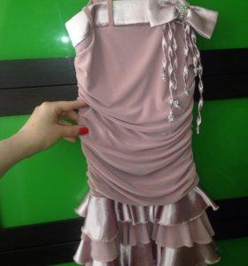 Платье,рост 128,но подойдёт и на 110