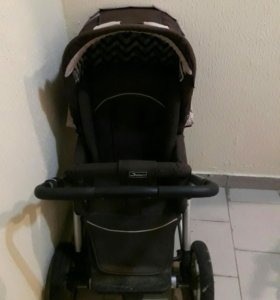 Детская коляска  с люлькой