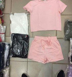 Новый спортивный костюм футболка шорты розовые
