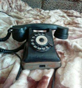 Телефон старинный