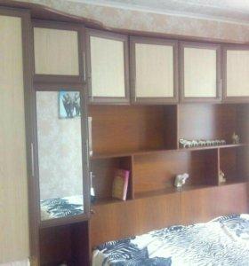 Спальный гарнитур со встроенной кроватью