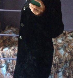 Полушубок чёрный из мутона