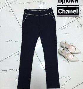 Брюки Chanel, размер S.