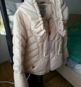 Новая куртка 44