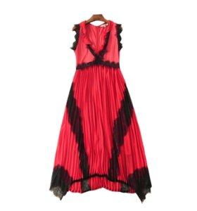 Новое платье с кружевами