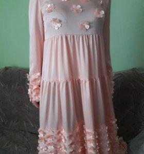 Продам шикарное платье. Шито из дорагова шелка