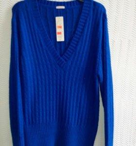 Пуловер.. Р50/52
