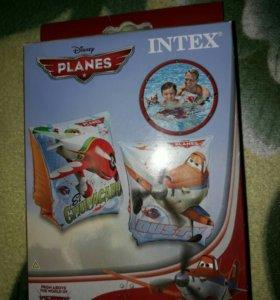 Нарукавники Intex Planes Самолеты.новые