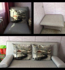 Мебель:диван, кресло, пуфик