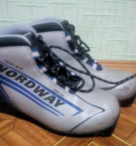 Лыжные ботинки Nordway 37р-р