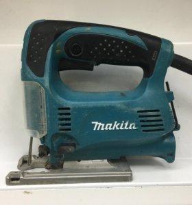 Лобзик Makita 4329