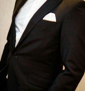 Мужской костюм для торжеств