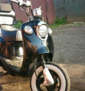 Скутер Yamaha Vino 90