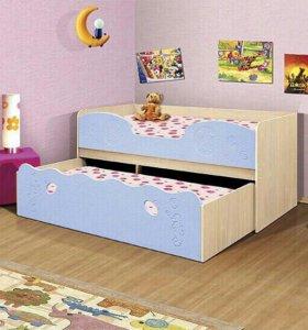 Кровать детская выдвижная.